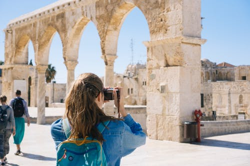 5 Tips for Staying Safe When Traveling Internationally